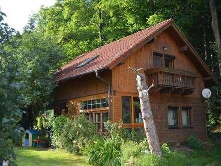 Nettes Holzblockhaus in idyllischer Lage in Grünbach am Schneeberg!