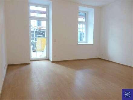 Altbau-Erstbezug: 48m² + 36m² Terrasse in hofseitiger Ruhelage - 1070 Wien