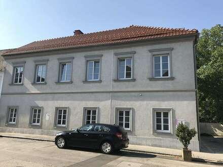 Büro- / Praxisräume in wunderschönem Altbau nahe Hauptplatz Enns!