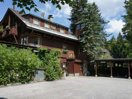 renovierungsbedürftiges,traditionelles großes Wohnhaus in Bad Mitterndorf / Sonnenalm