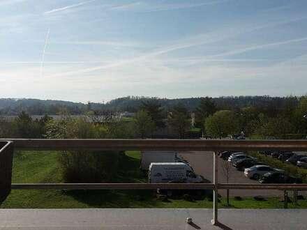 Ideale Kleinfamilienwohnung mit Panoramablick