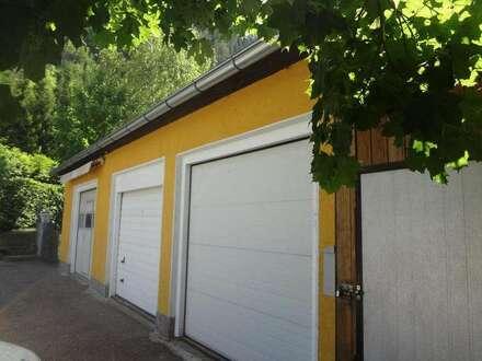 +++ Kleinwerkstatt mit Garage, Carport und Gartenlaube +++