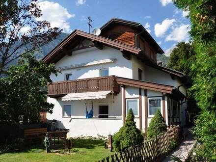 Schönes Einfamilienhaus mit zwei getrennten Wohnungen in Absam zu verkaufen