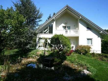 Bezugsfertiges Einfamilienhaus mit gepflegtem Südgarten