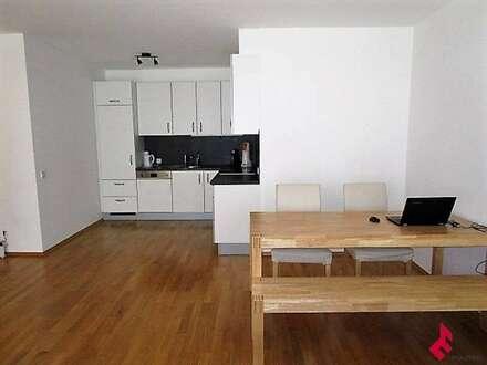 moderne 2-Zi.-Wohnung mit TG-Platz