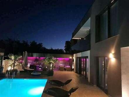 + MEHR ALS NUR WOHNEN + Moderne Villa + mit Schwimming Pool + in Leopoldsdorf +++