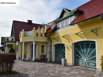 Exklusive Villa am Stadtrand mit zusätzlichem Altbestand (8031)
