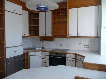 Helle 3-Zimmer Wohnung mit schöner Aussicht