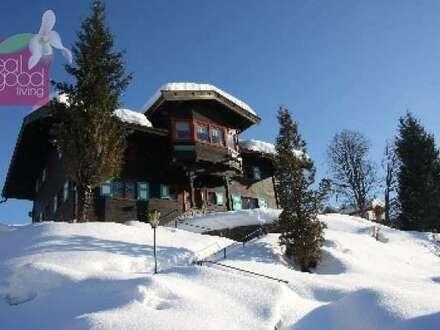 Traditionelles Chalet, nähe Kitzbühel in absoluter Ruhelage, mitten in der Natur mit 2500m² Waldfläche und 2000m² Bauland