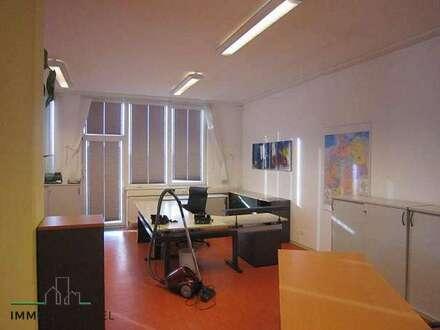 Am Stadtrand von Amstetten Büro mit ca. 200 m² zu vermieten!
