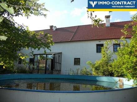 histor., renov. Bauernhaus mit ruhigem, uneinsehbarem Innenhof
