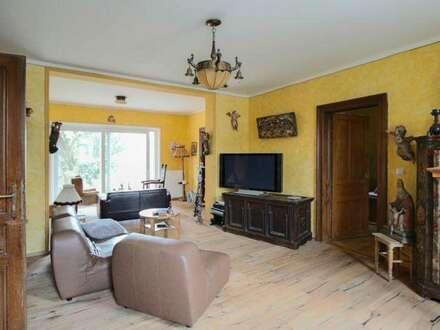 Stilvolles, elegantes Landhaus mit großen Garten und Pool!