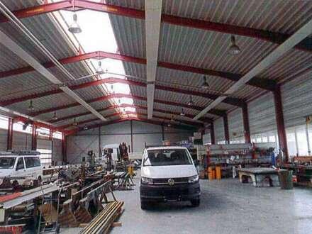 Betriebsobjekt/Firmensitz - Nähe Korneuburg - besonders funktionelle Lagerhalle/Universalhalle mit angeschlossenem Büro