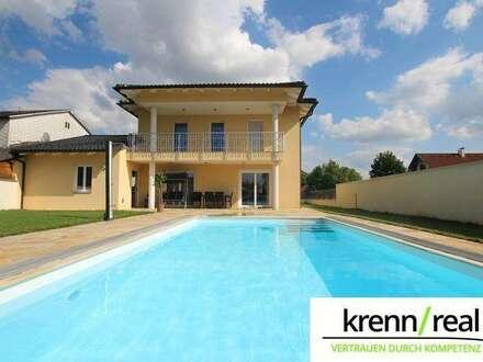 Luxus pur! Einfamilienhaus, sehr großer Garten, Pool