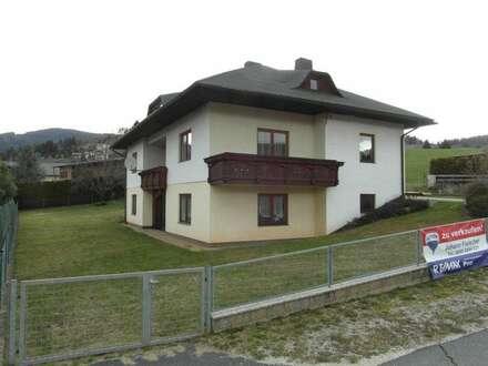 Mehrfamilienhaus in Sonnenlage