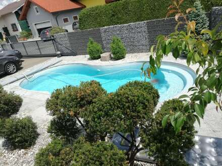 Wunderschöner hochwertig ausgestatteter Bungalow mit Swimmingpool
