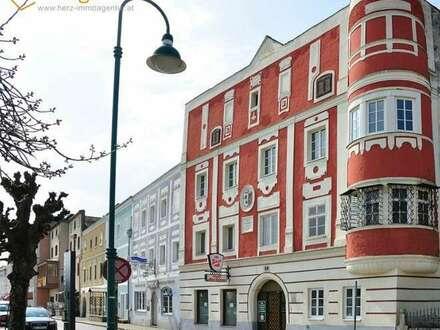 4 Wohnungen mit Blick auf Donaupromenade und Donau im Alten Rathaus im Herzen von Aschach an der Donau