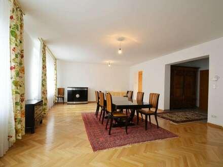 Ihr neuer Familienwohnsitz mit getrenntem Platz für Ihre Haushaltshilfe