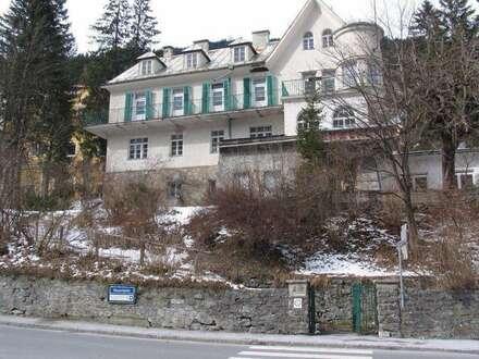 Renovierungsbedürftiges Kurhotel mit 3382m² Grund im Zentrum von Bad Gastein