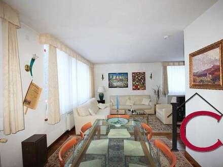Schönes, gediegen ausgestattetes Wohnhaus in ruhiger Waldrand-Alleinlage
