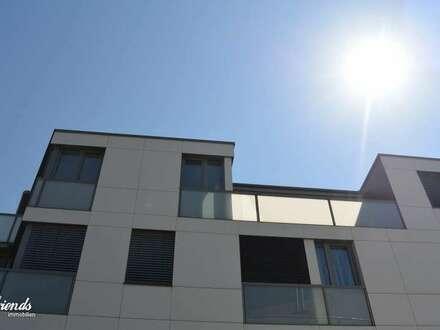 DACHGESCHOSS - mit 2 Terrassen & Tiefgaragenplatz