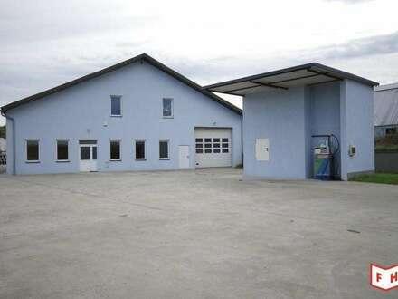 gepflegtes Firmenareal mit Lagerhalle, Werkstätte, Büro, Aufenthalts-, Sanitärräumen - Haus-Tankstelle