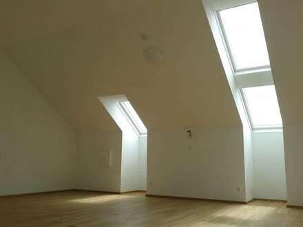 Exclusive 2-3 Zimmer-Maisonettewohnung im Zentrum