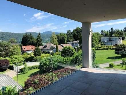 Velden am Wörthersee/AUEN: Traumhafte Seeblick-Wohnung - 77 m² Wfl. + 19,90 m² Terrasse mit eigenem Seegrund und Pool sowie…