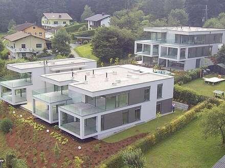 Wörthersee: AUEN VILLEN - Luxus-Penthouse mit ca. 188 m² WNF inkl. einzigartigem Seeblick + ca. 60 m² Terrasse, Anteil am…