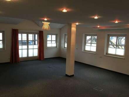 Repräsentatives Büro in der Kitzbüheler Hinterstadt inkl. TG Platz