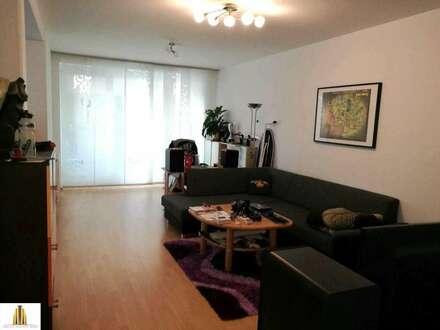 3 Zimmer-Wohnung mit Terrasse und Parkplatz
