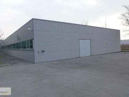 Parndorf - große Halle mit Büroräumlichkeiten