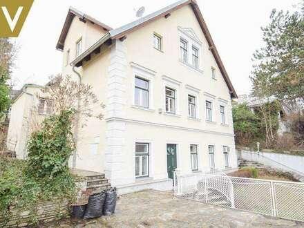 Alleinstehendes Einfamilienhaus mit 2 Eingängen und Garagenabstellplatz // Single detached Villa with 2 entrances and garage //