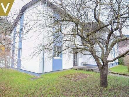 Zwei-Familien-Villa in idyllischer, ländlicher Lage // Two-family villa in an idyllic, rural location