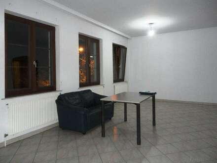 Günstiges Mietbüro/Praxis mit Küche und Bad nur 7 km von Wien entfernt