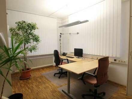 Büro/Praxis in Hausmening