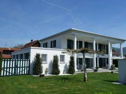 Wunderschöne Villa mit feudalem Garten