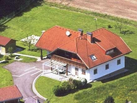 Wohnhaus mit großem Grundstück - provisionsfreier Verkauf