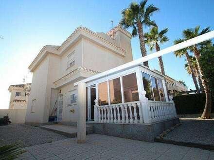 Sonnige Villa in Playa Flamenca / Spanien (Privatverkauf)