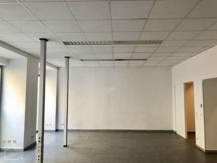 Geschäftslokal/Büro/Atelier in zentraler Lage