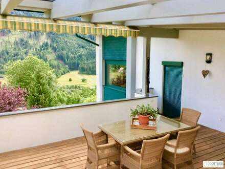 Wohnen und Rendite! Schönes Mehrfamilienhaus mit Südterrasse und herrlichem Panorama-Bergblick auch zur Anlage
