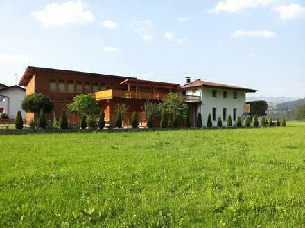 Indiviudell gestaltetes Zweifamilienhaus in Ebbs