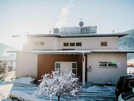 Modernes Wohnhaus in ländlicher Ruhelage