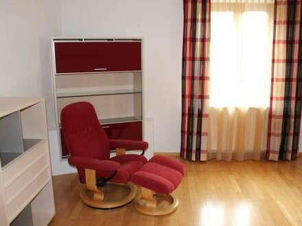 KOFFER PACKEN und EINZIEHEN - vollmöblierte 3-Zimmer-Wohnung in zentraler Lage