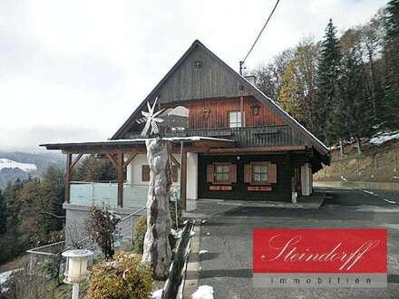 Alleinlage: Gepflegtes Landhausensemble mit großem Grund in ca. 800m² Seehöhe mit Wochenendhaus