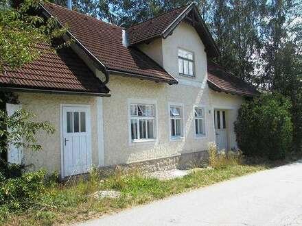 Einfamilienhaus - auch Feriensitz neben Golfplatz im nördlichen Waldviertel