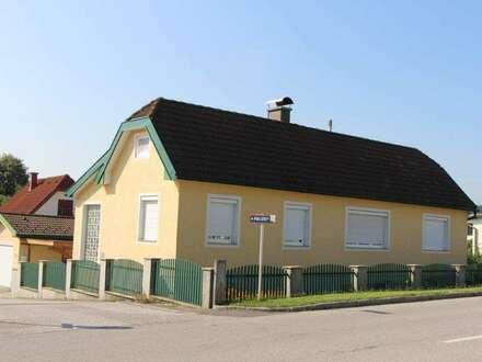 Zuhause mit Urlaubsgefühl Wohnhaus in Schwarzau am Steinfeld mit Bacherl BESTZUSTAND