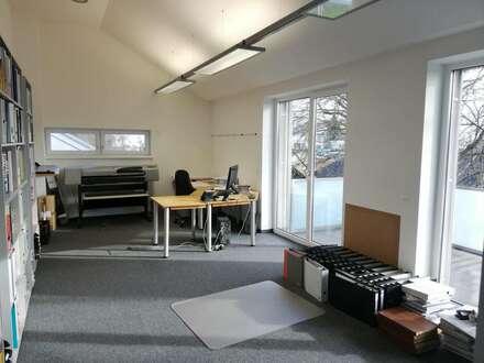 Leonding: Helles, luxuriöses Büro / Praxis in TOP-Lage und -Ausstattung provisionsfrei