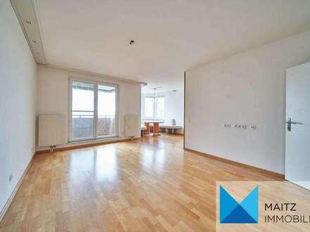 Helle 3-Zimmerwohnung mit Loggia & Fernblick - inklusive Garage *soeben teilrenoviert!*