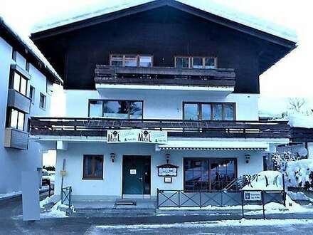 Schönes Wohnhaus mit Restaurant im beliebten Ferienort Riezlern (AT)